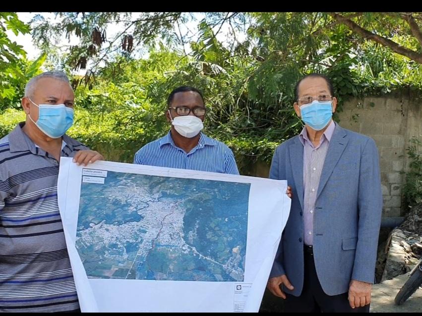 INDRHI y ayuntamiento inician estudios en Cañada Grande SFM; buscan solución hidráulica y sanitaria