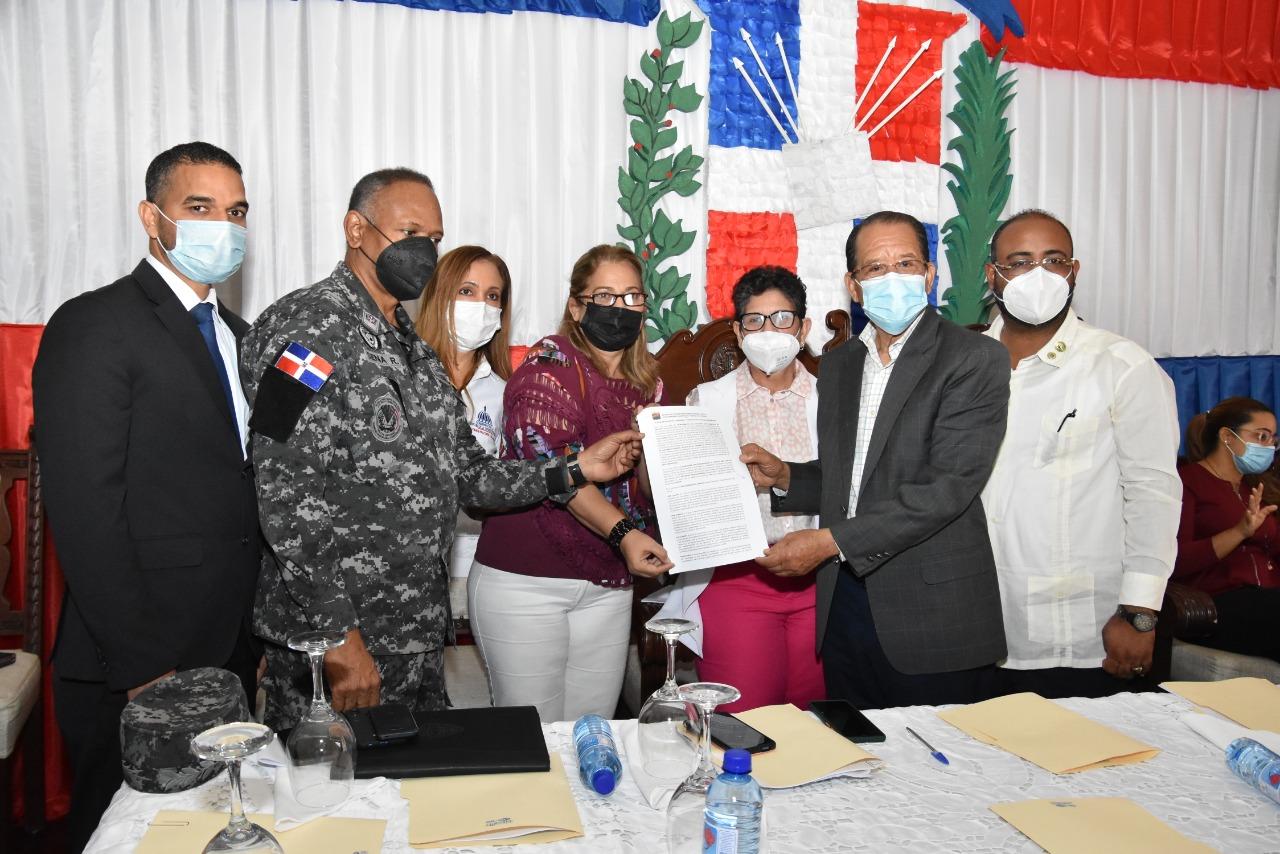 Ayuntamiento y FINJS firman acuerdo en procura minimizar  inseguridad ciudadana